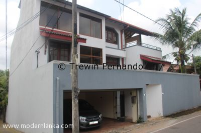 6 Bed Room House for Sale at Nugegoda - Colombo
