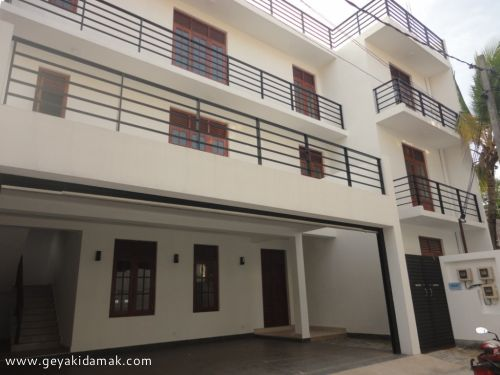 Apartment for Rent at Rajagiriya - Colombo