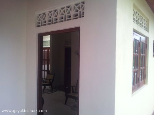 2 Bed Room House for Rent at Colombo 5 - Colombo