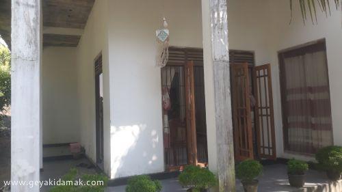 3 Bed Room House for Sale at Bandaragama - Kalutara